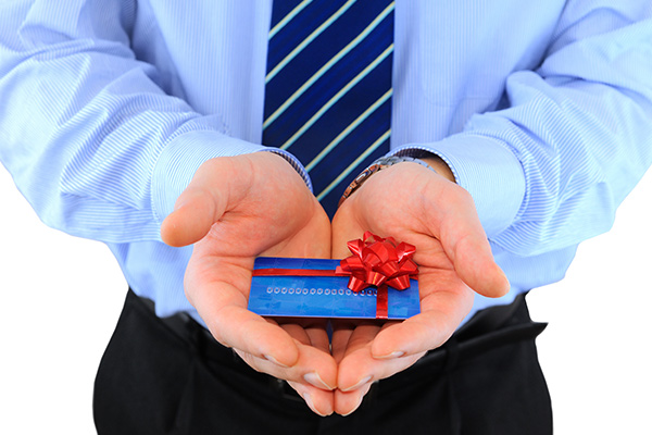 £120m lost by businesses on employees' gift cards