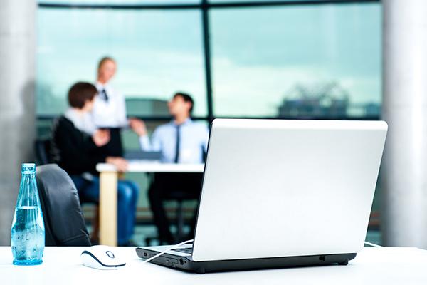 Daily Telegraph installs workplace monitors under staff desks