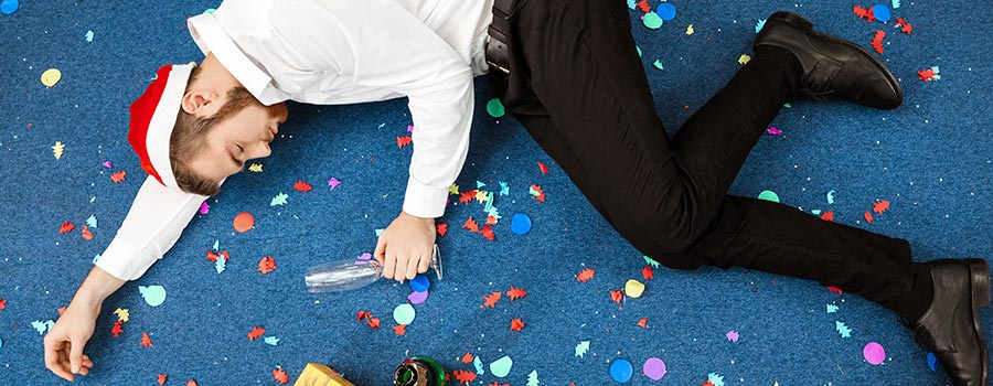 The best #OfficePartyFails on Twitter