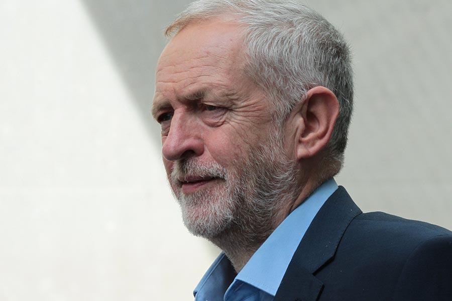Jeremy Corbyn proposes