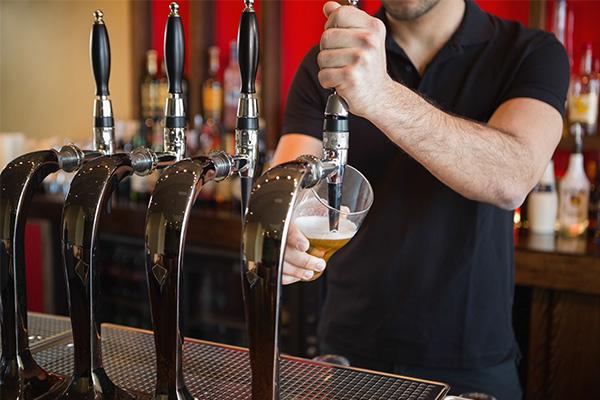 Pub job ad asking for graduates ridiculed online