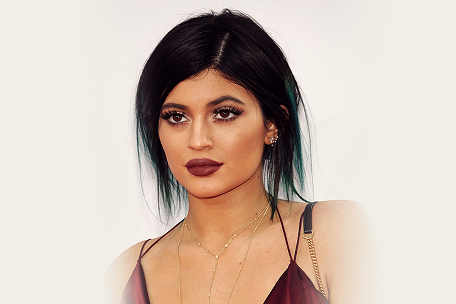 Kylie Jenner in Twitter row with staffing firm
