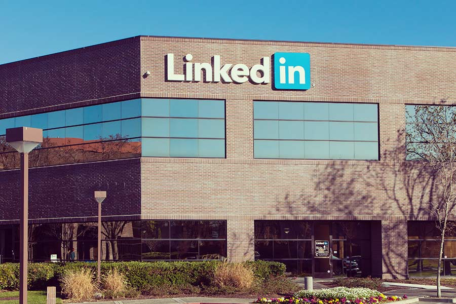 LinkedIn's new tool will give candidates greater salary understanding