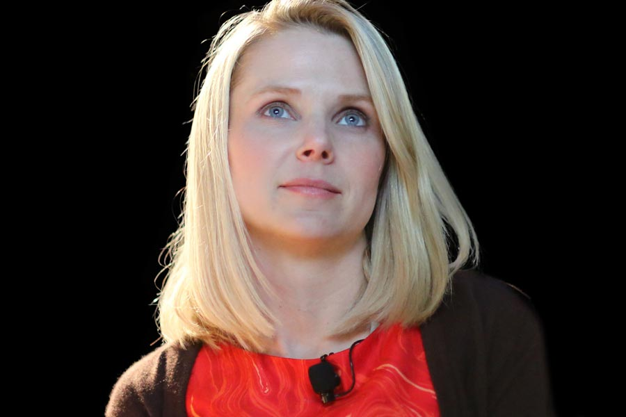 Yahoo CEO Marissa Mayer to quit Board