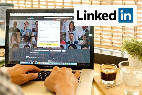 Recruiter's scathing LinkedIn rejection shamed online