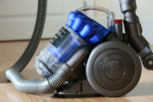 Dyson hires top technology chiefs