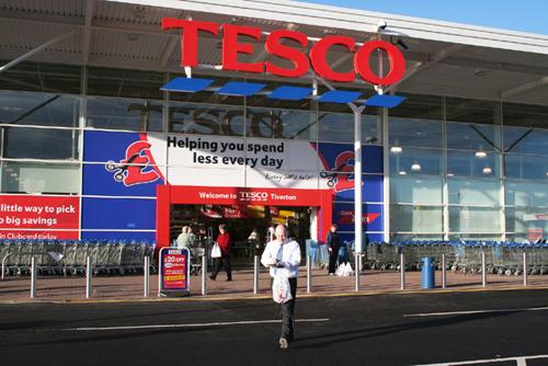 Tesco cuts 10,000 jobs