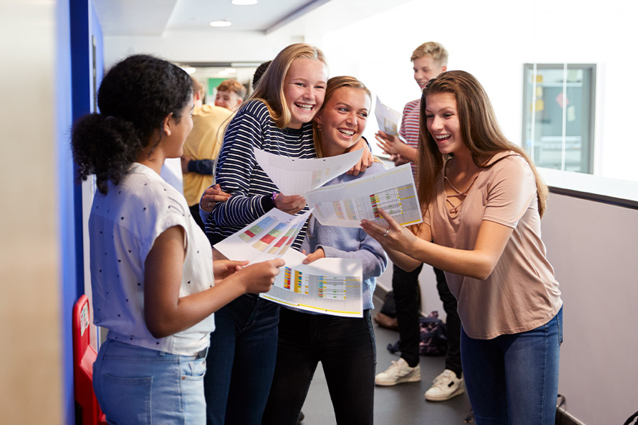How can HR attract school leavers?