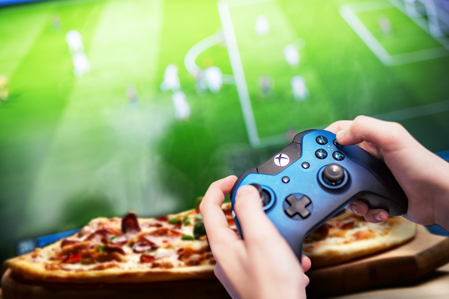 £70k-a-year to play FIFA and eat pizza