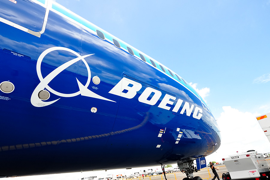Should Boeing separate CEO and Chairman roles?