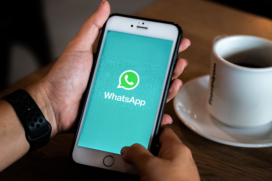 Execs sacked over 'laddy' WhatsApp chat sue for £300k