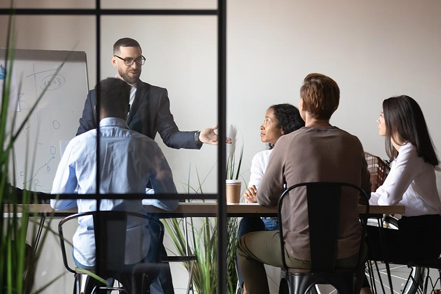 This many bosses don't fit in their role, study finds