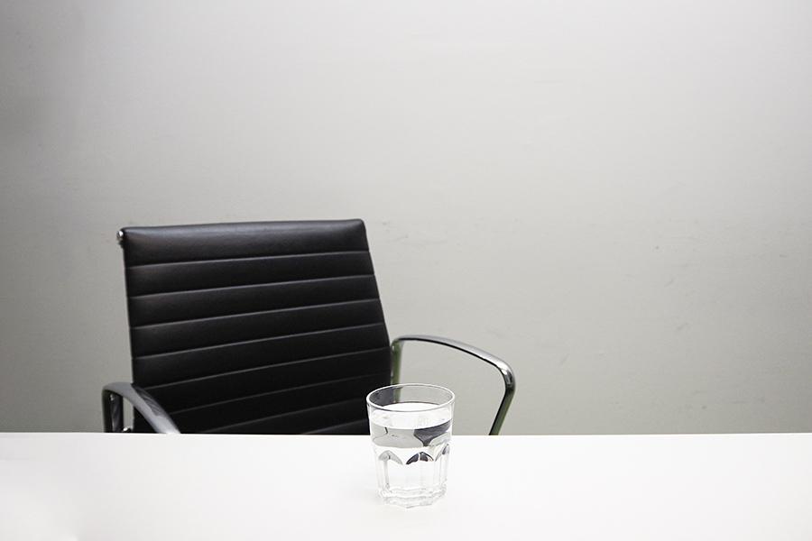Plucky jobseeker turns tables on recruitment industry