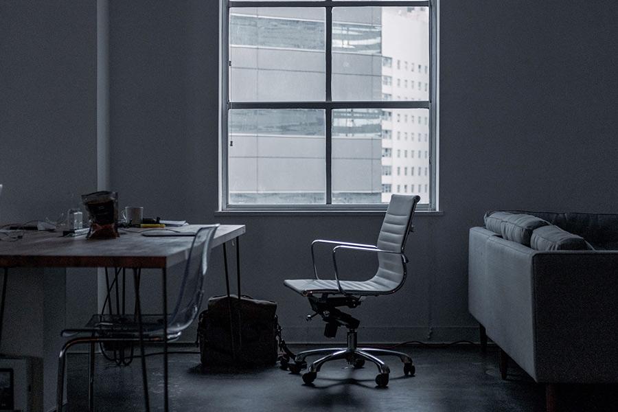 Majority of jobseekers think recruiters are USELESS