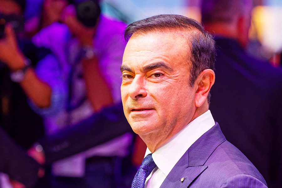 Renault 'needs interim management structure' following Ghosn arrest