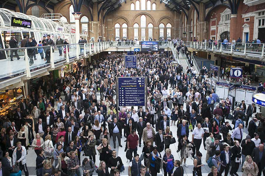Should HR still be lenient with commuters arriving late?