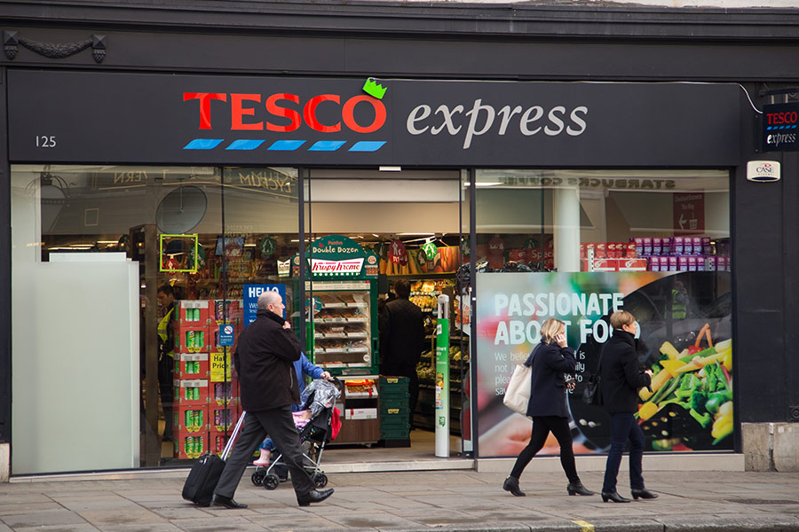 Tesco plans 1,700 managerial redundancies, with 3,700 low-paid replacements waiting