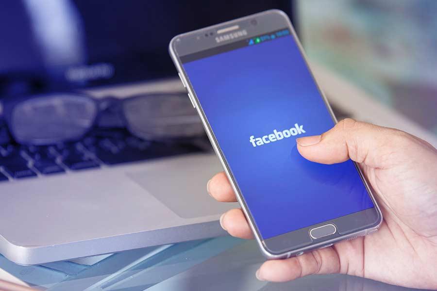 Facebook should be 'regulated like cigarettes'