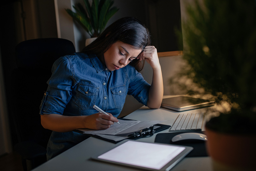 HR partner breaks down over burnout and too much work