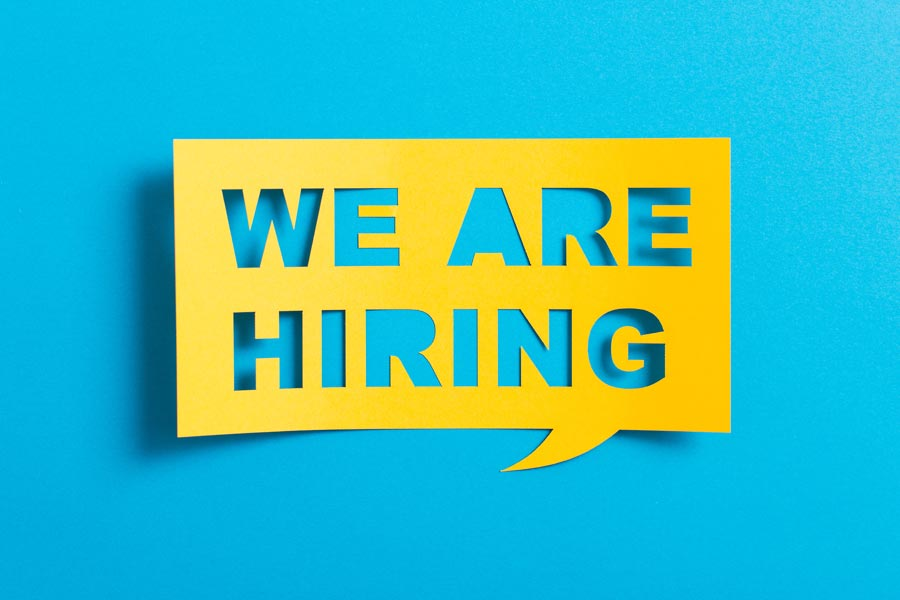 7 ways recruiters can make job adverts stand out