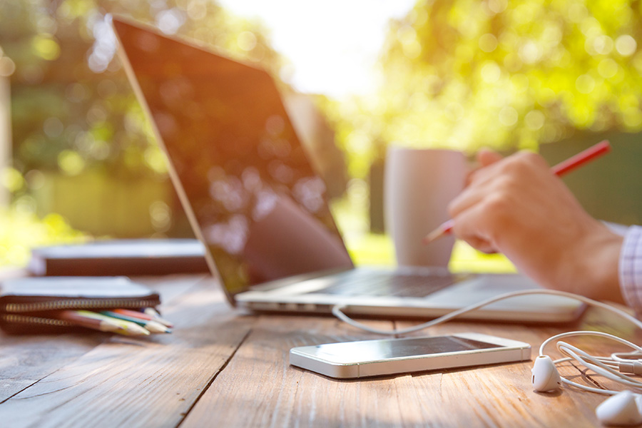 Government could recommend long-term work from home