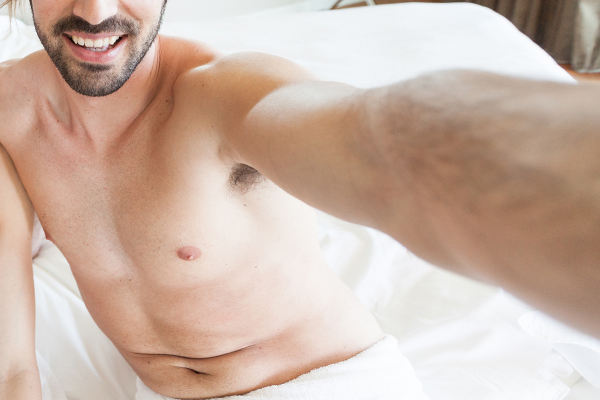 Job applicant texts naked selfies to HR Manager