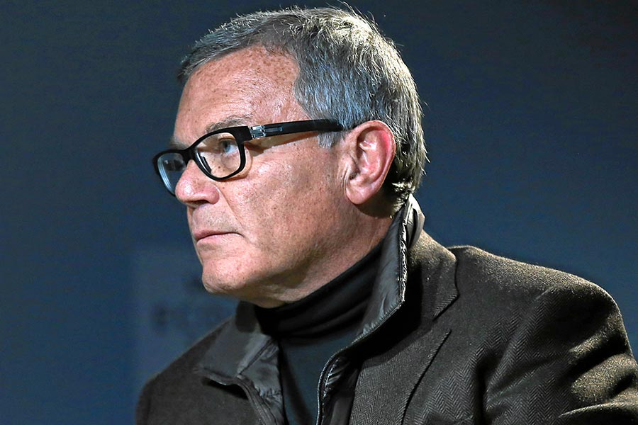Martin Sorrell could fall foul of exit clause when building new company
