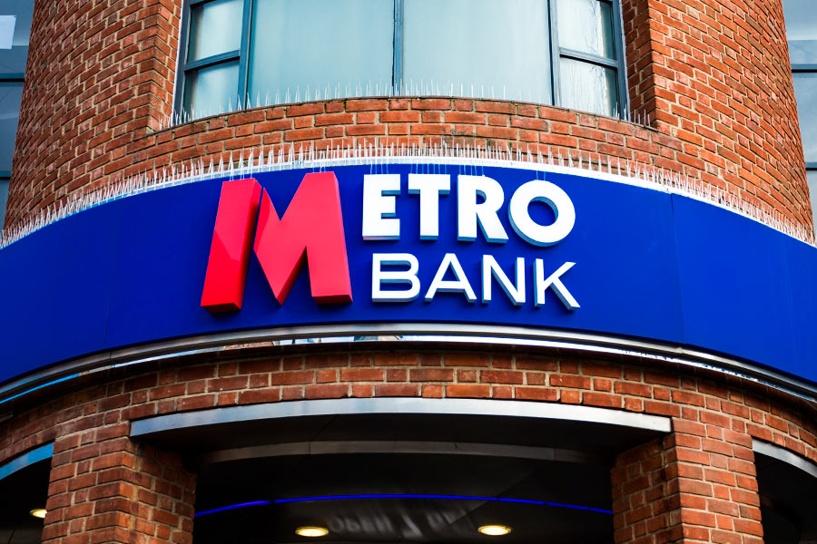 Metro Bank encourages video chats with C-Suite