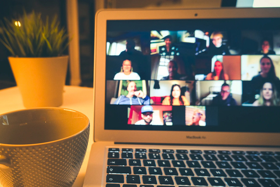 Leading remote employees to success: <br>4 things you must get right