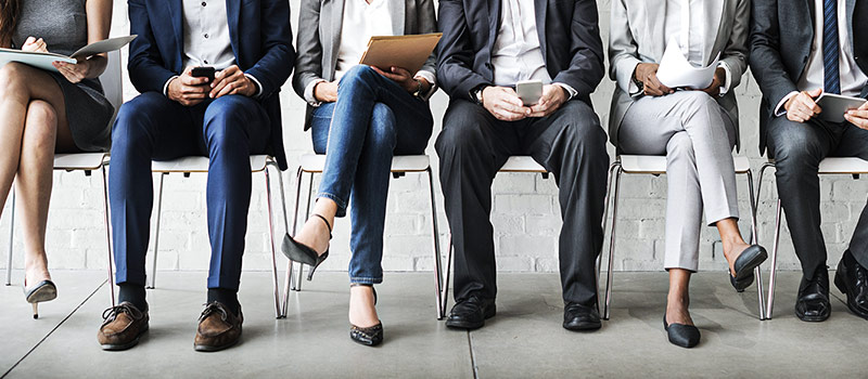 Job applications spike by 90%