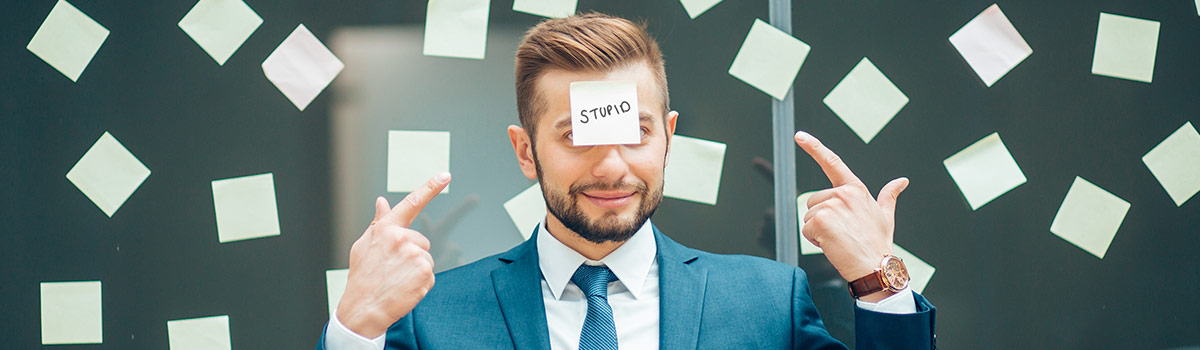 3 things that make you look stupid at work