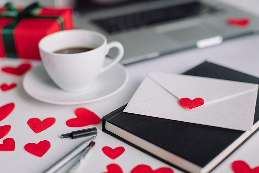 How can HR handle office romances?