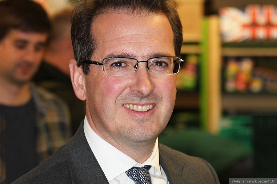 Owen Smith 'would consider re-joining EU' if elected PM