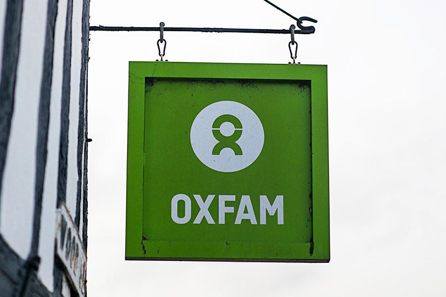 Oxfam sex scandal endangers Chief Executive