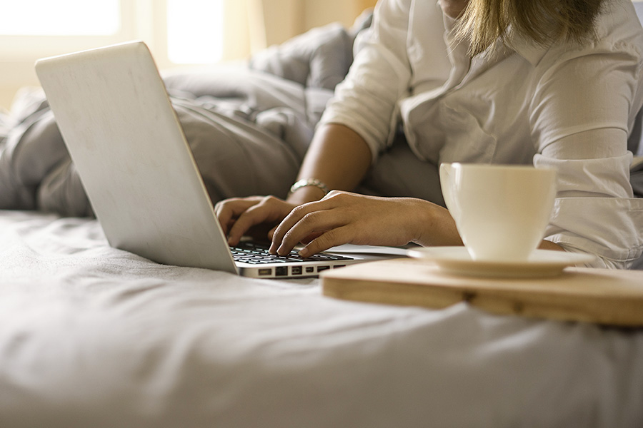 5 pros and 5 cons of remote working