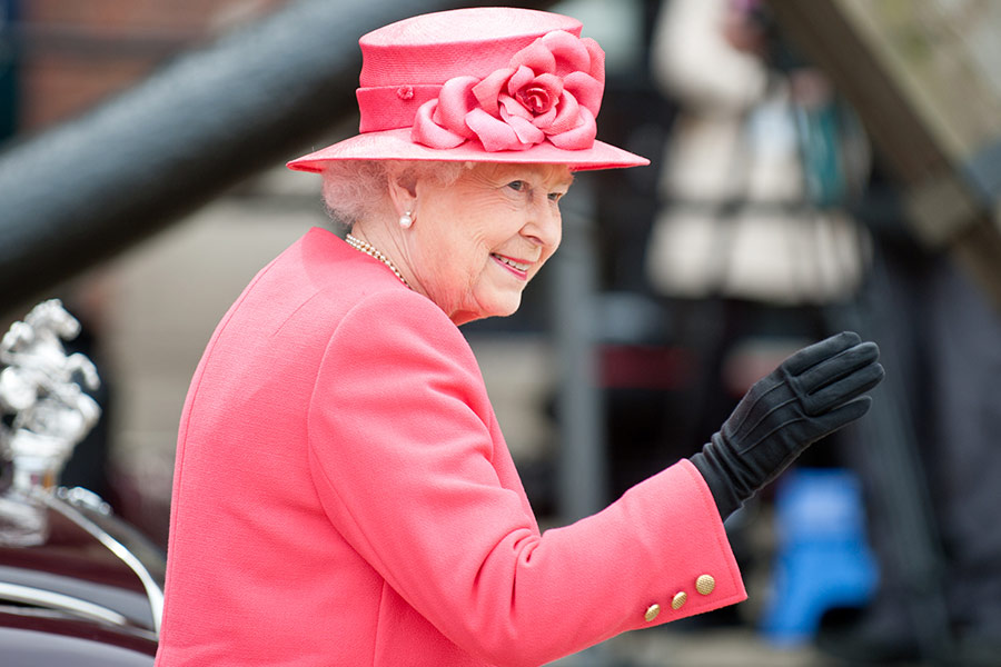Queen Elizabeth's Sapphire Jubilee sheds light on CEO tenure