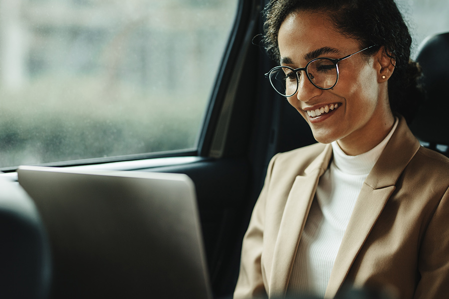 Remote employee set up office...in her car