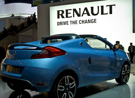 renault to cut 7 500 jobs in france hr operations hr grapevine. Black Bedroom Furniture Sets. Home Design Ideas