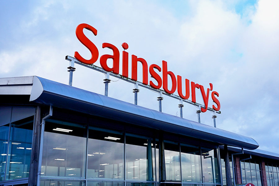 Sainsbury's shelve HR in 2000 staff job cuts