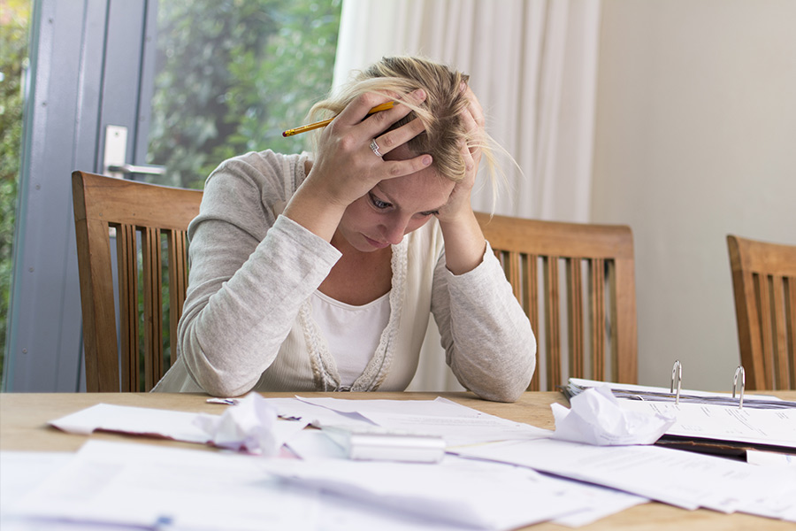 69% of employees are feeling worried about their finances
