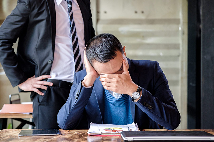 7 signs that your boss doesn't like you