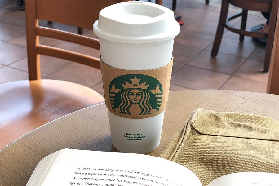 Starbucks to pay UK staff university fees