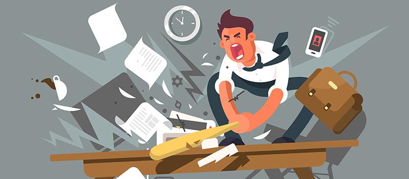Violent jobseeker smashes up rec agency with sledgehammer