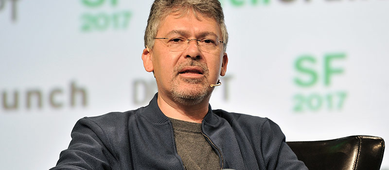Apple takes bite at Google's AI team by poaching top exec