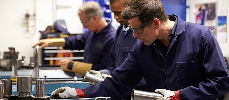 Three quarters of Brits opt for apprenticeships over degrees