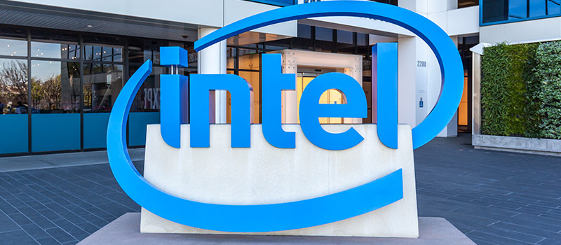 Intel struggles as rocky CEO search comes up trumps