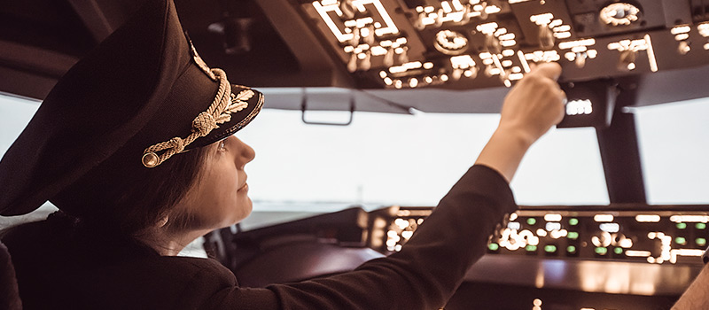 EasyJet launches campaign to boost numbers of female pilots