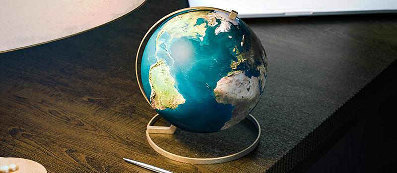 FTSE 100 firms recruiting more international CEOs