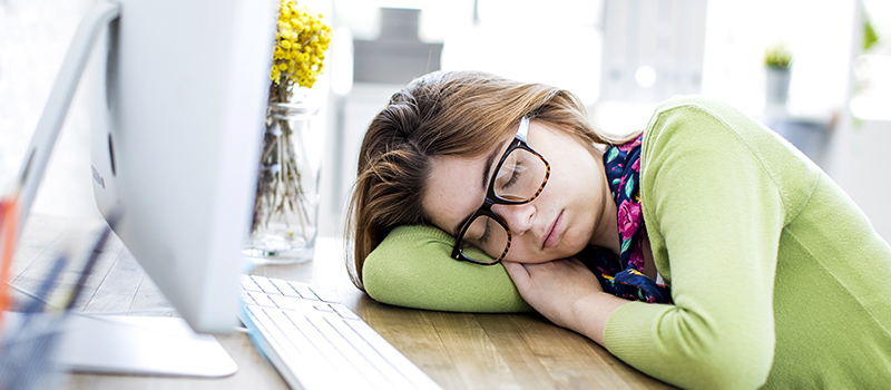Extreme tiredness in UK workplaces causing employees to nap on the job