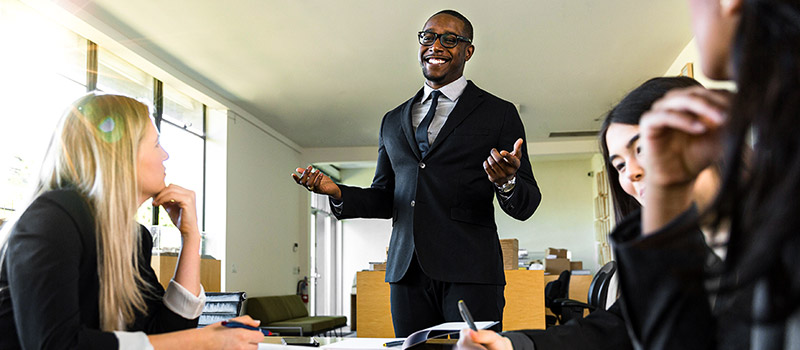 How to be a bold leader without appearing arrogant